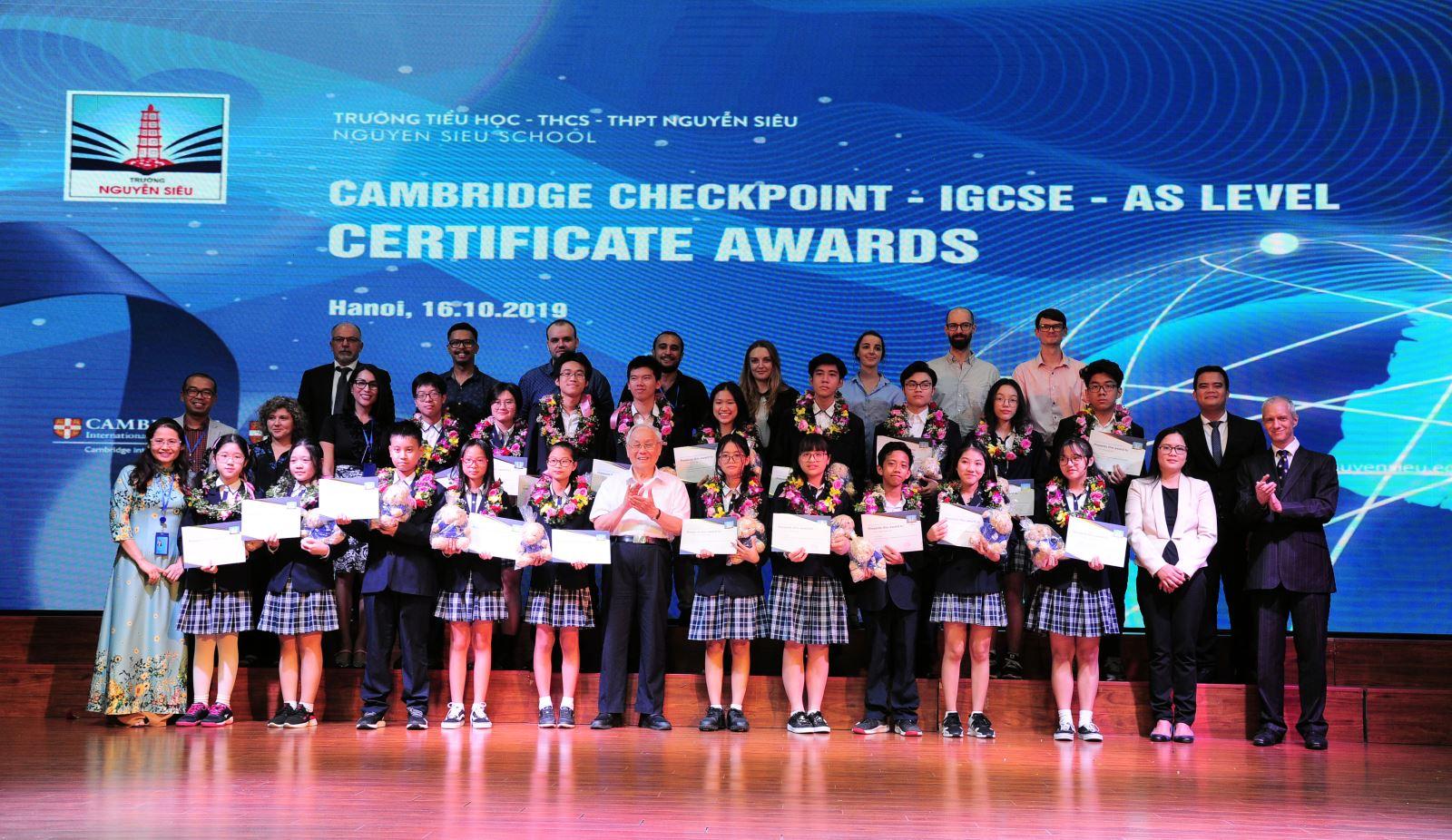 Cambridge award ceremony at Nguyen Sieu