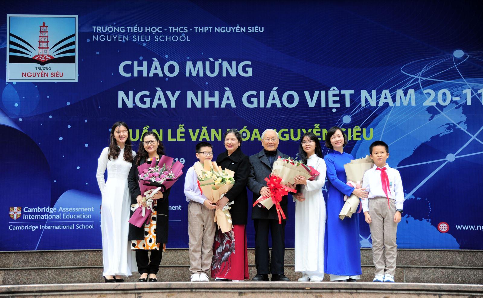Celebrating Vietnamese teacher day with Nguyen Sieu